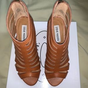 Steve Madden Cage Block Heel Sandal